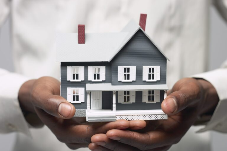 Advantages of taking up home insurance